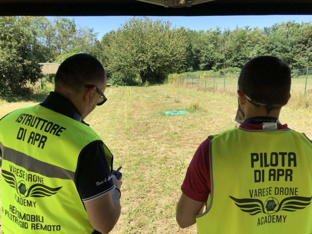 Alievo e istruttore Varese Drone Academy